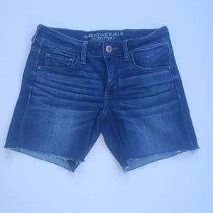 American Eagle Outfitters Jean Cut Off Shorts S. 6